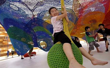 An amusement park in crochet XXL