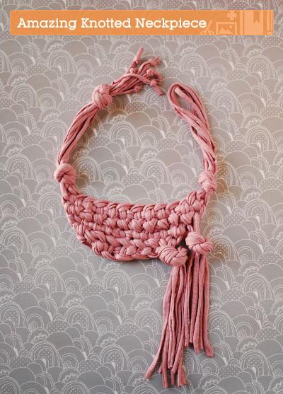 shirt yarn hippie chic necklace tutorial | T-shirtyarn Blog.com