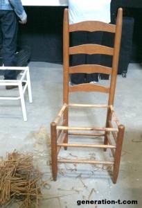 recuperar-sillas-viejas-con-tela-reciclada-2-205x300