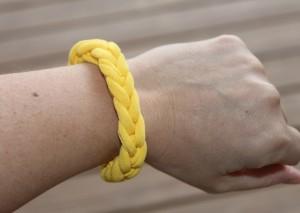 tshirt-bracelet-final1-300x213